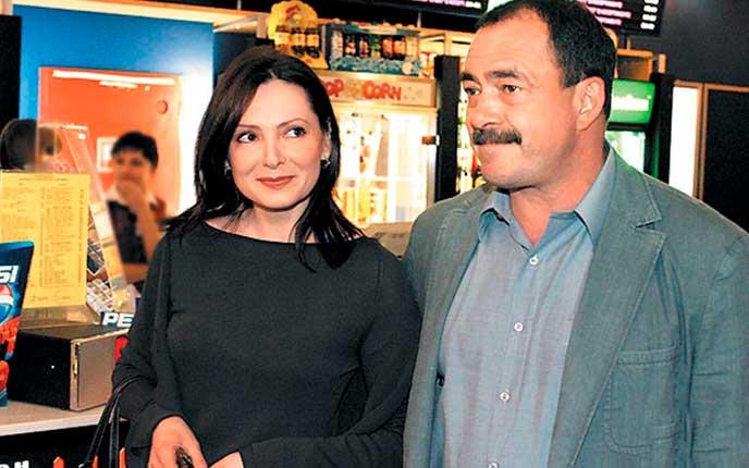 С женой – Еленой Кравченко