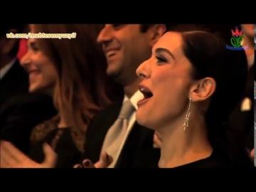 Халит Эргенч и Мерьем Узерли на церемонии вручения премии ''Человек года'' GQ 2014 смотреть онлайн