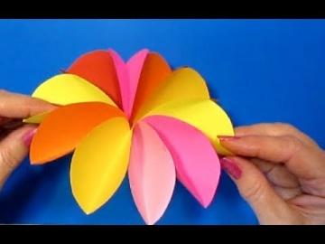 Супер-быстро Красивые ЦВЕТЫ! Как сделать ЦВЕТЫ СВОИМИ РУКАМИ? Поделки из бумаги - видео смотреть онл